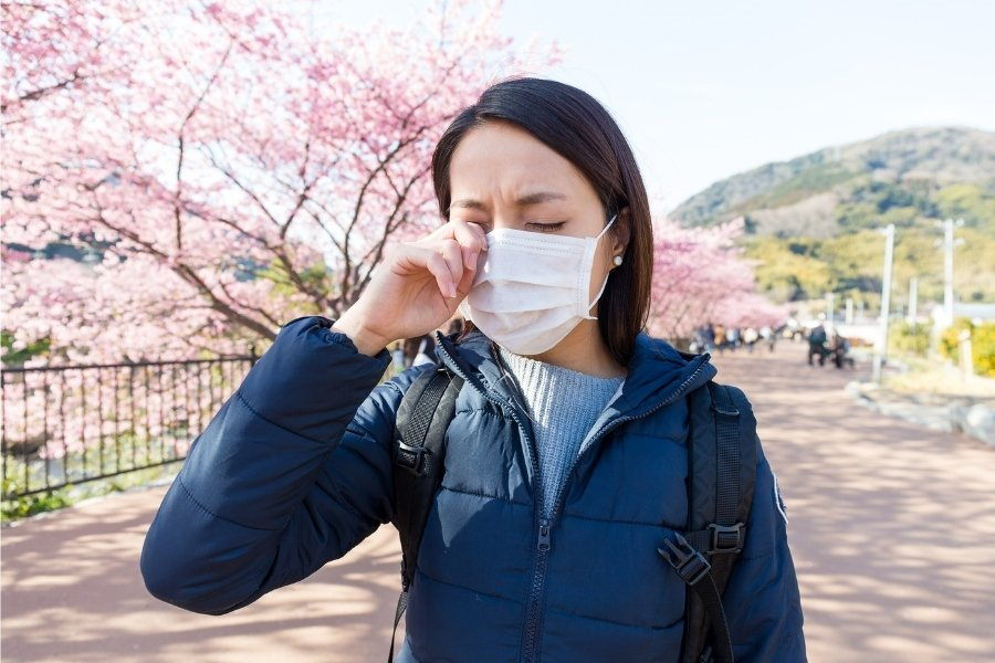Natural Ways to Manage Common Allergy Symptoms